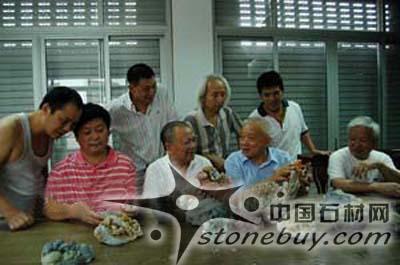 17位石雕大师创作作品为石文化节献礼